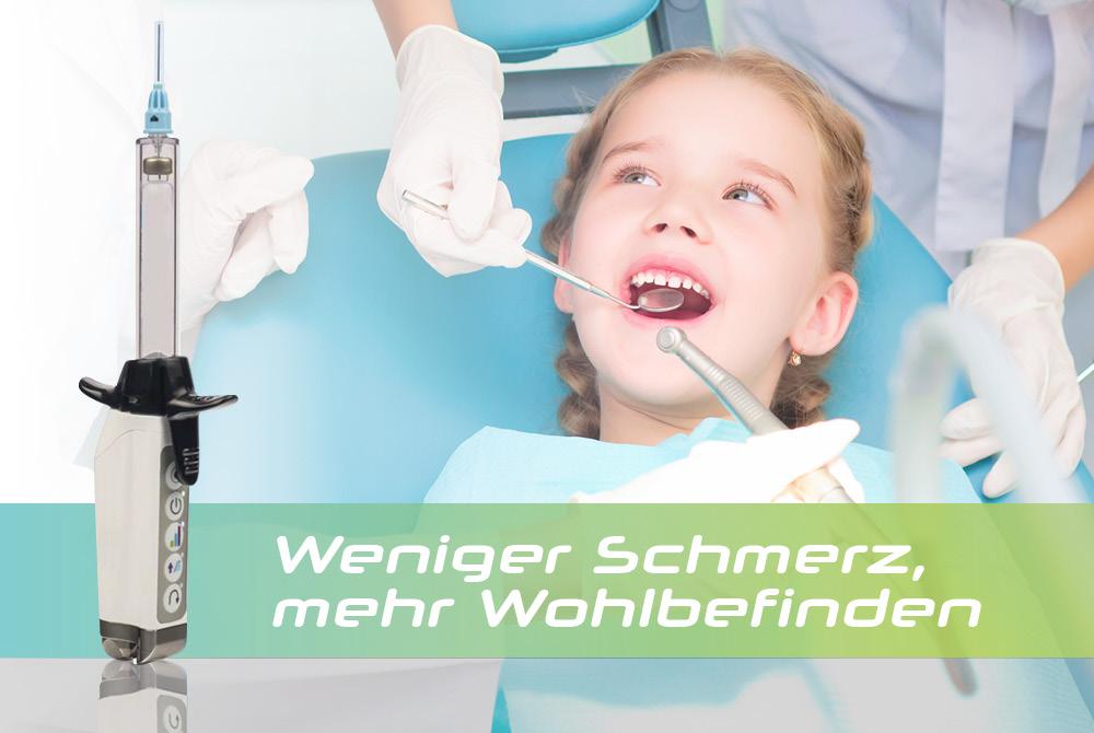 Abbildung Dentapen, im Hintergrund ein Mädchen beim Zahnarzt